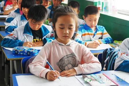 各国学生的暑假作业对比 中国的小伙伴们表示伤不起