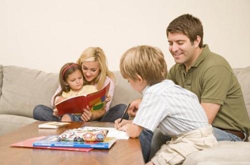 """家长学堂:""""无言""""教育产生的教育效果"""
